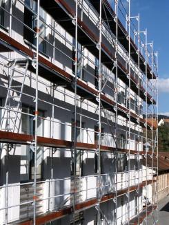 A Blitz állványrendszer nagy teherbírású, tartós alapanyagokból készült építőipari eszköz