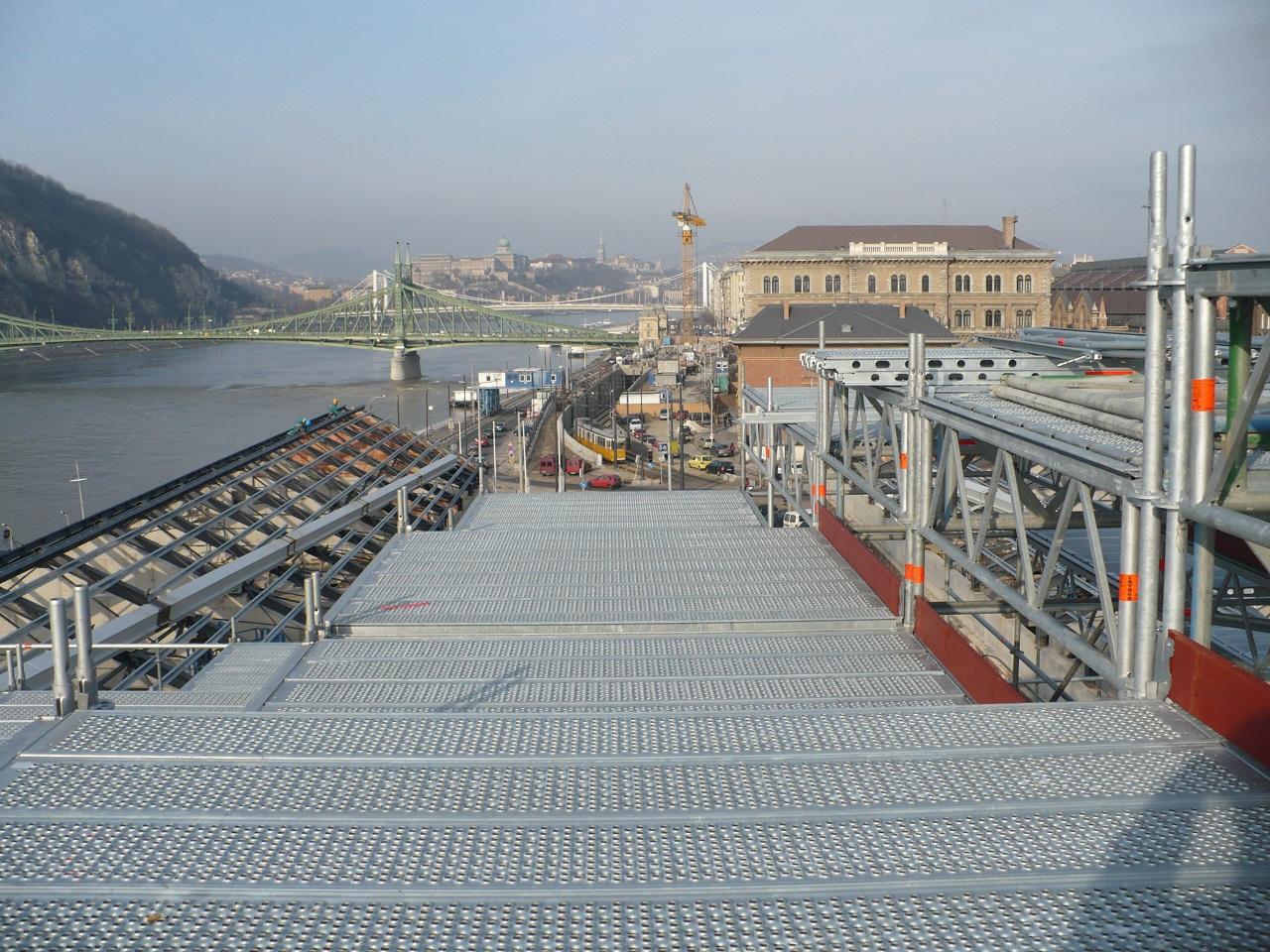Budapest Allround állványrendszer
