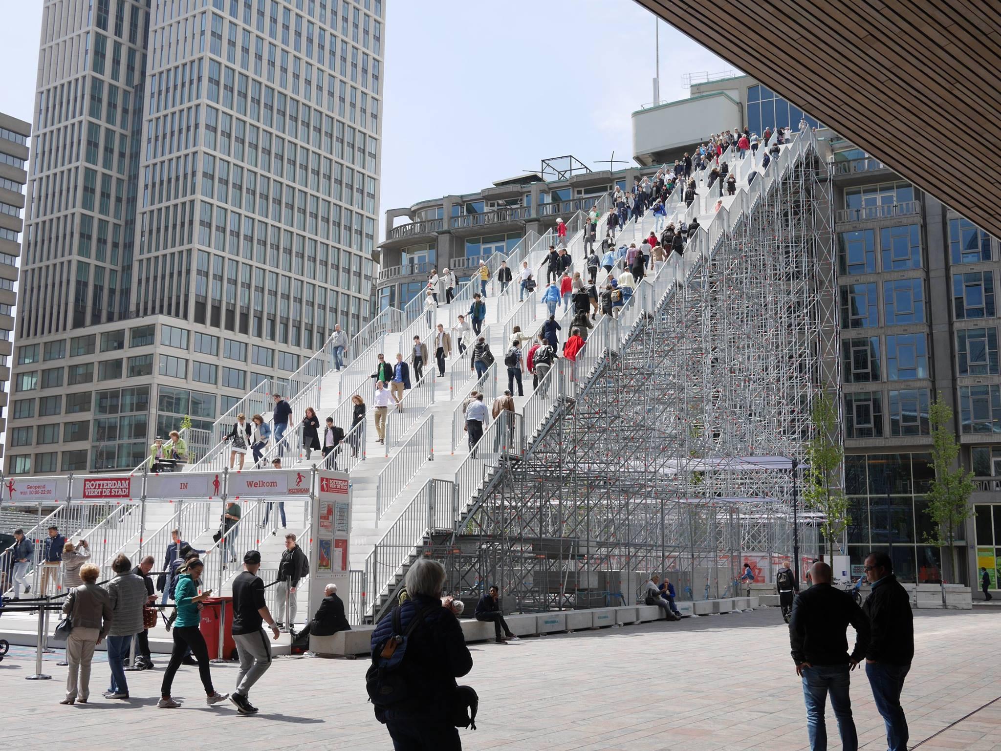 Egy lépcső, amely az égbe vezet